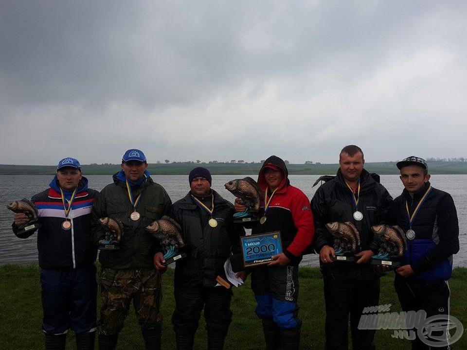 2015-ben Beregszász csapatai állnak az ukrán ponty-feeder dobogó mindhárom fokán!