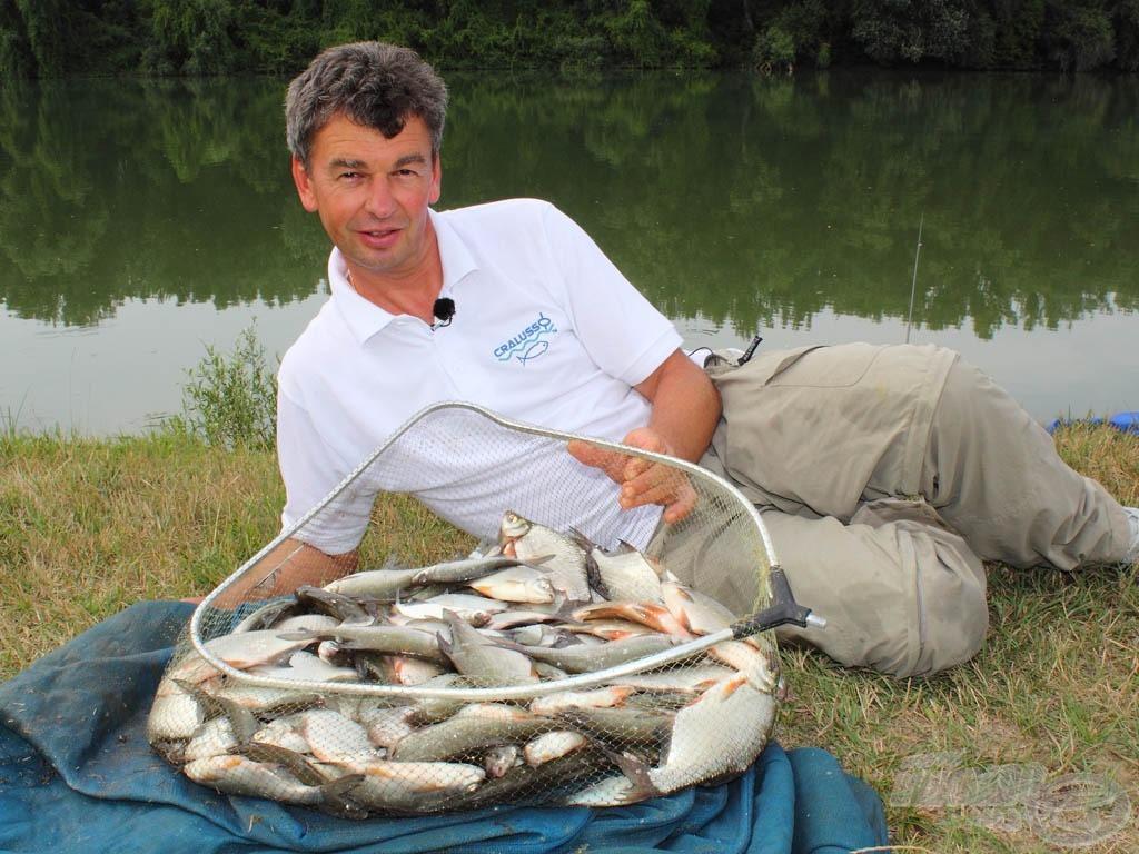 A zsákmány magáért beszél, érdemes ezzel a módszerrel horgászni! Az ilyen folyókra ez ideális, hiszen nem olyan fárasztó, mint rakós bottal kihúzgálni ezeket a halakat, de jóval több a lehetőségünk, mint egy hosszú spiccbottal
