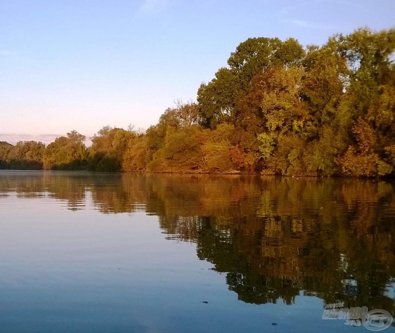 A Bodrog folyó a csukaszezon hajnalán