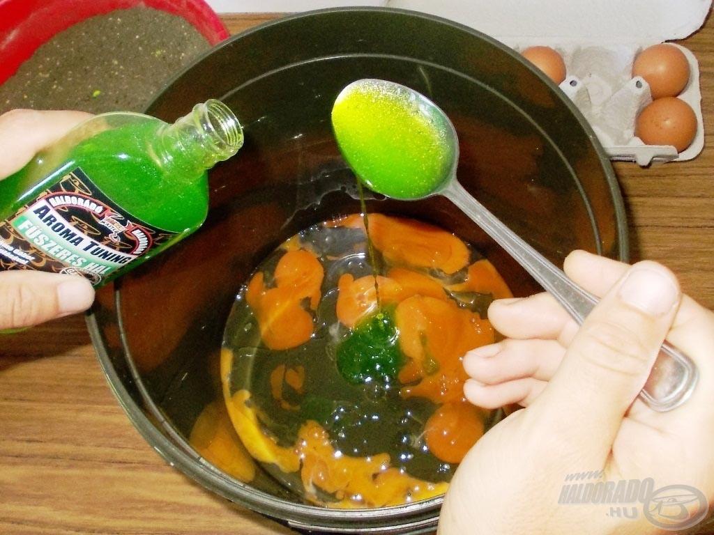 A folyékony összetevőket egy nagyobb edénybe vagy egy vödörbe mérjük ki…