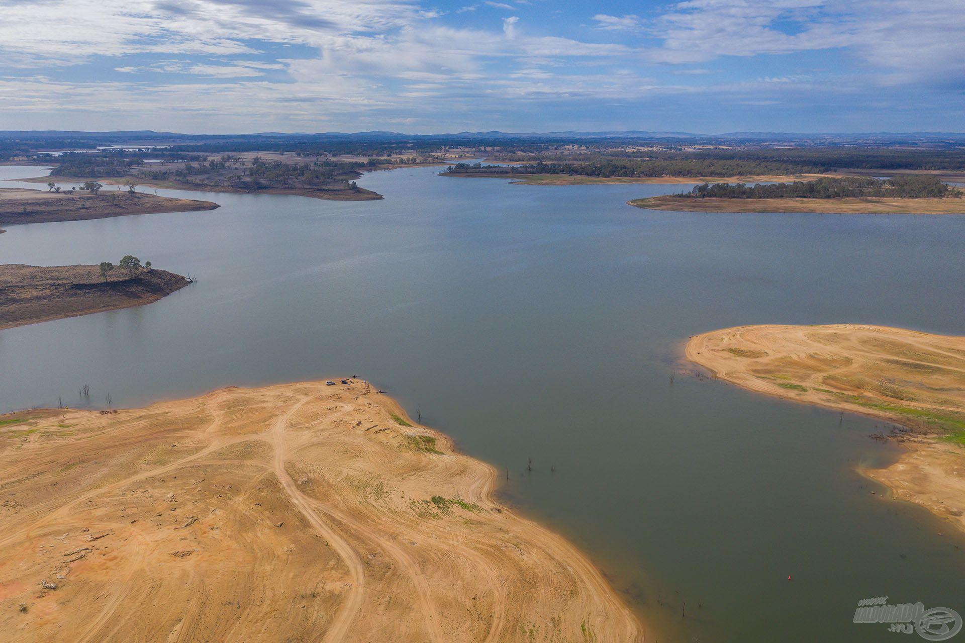 Lake Eppalock, az ausztrál vízgazdálkodás egyik ékes példája