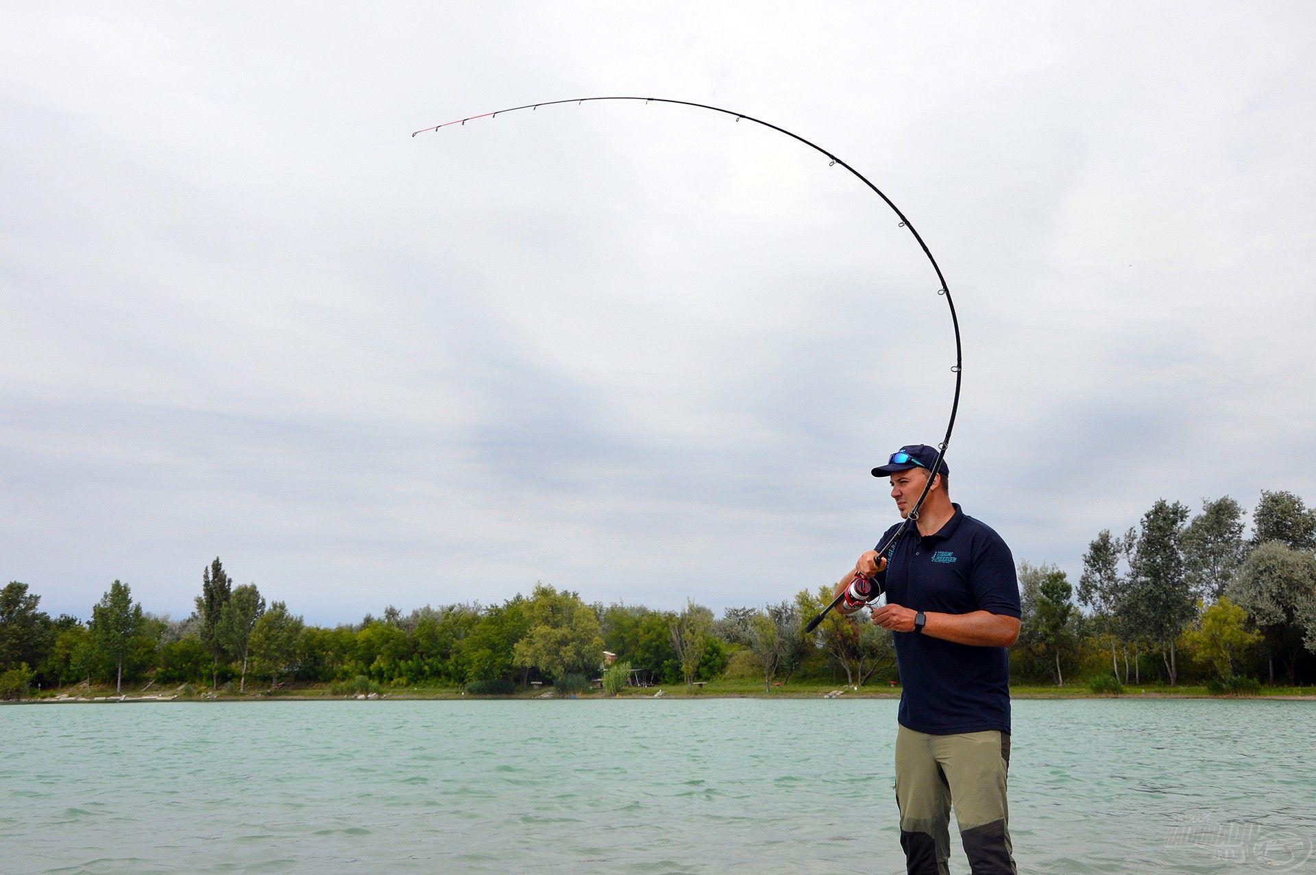 Putz Tamás kollégánk a nagyhalas feederhorgászat szenvedélyes művelője és szakértője