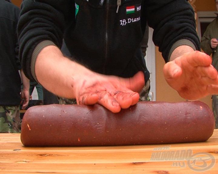 Így készülnek a kolbászok és szalámik