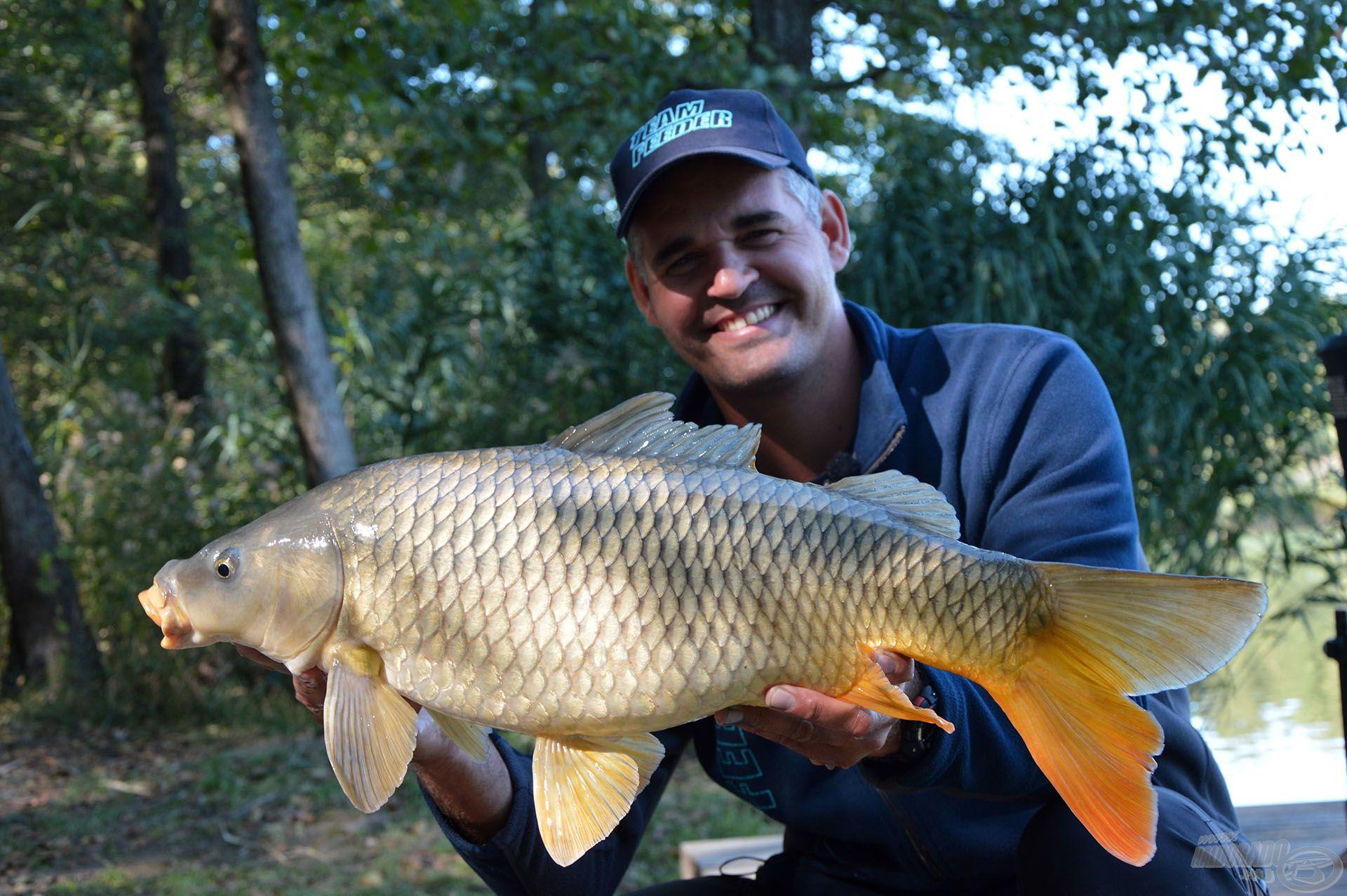 Az ilyen méretű halak fárasztása maradandó élmény a Royal Method Carp bottal