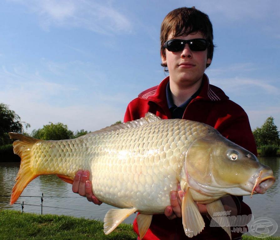 Értük érdemes horgászni, hibátlan nyurgaponty