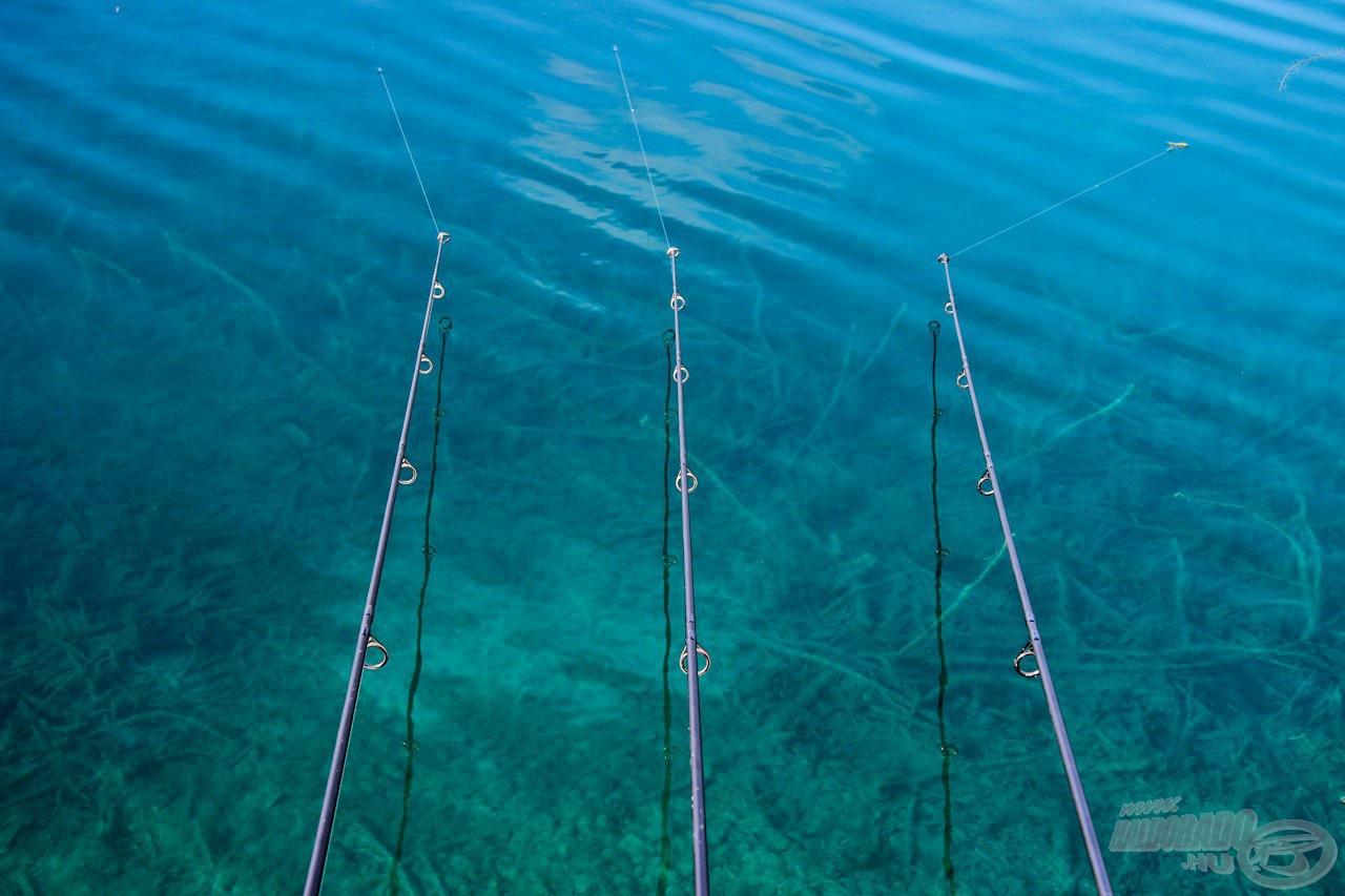 Jól mutatja ez a kép, milyen kristálytiszta vízben kellett teljesítenünk