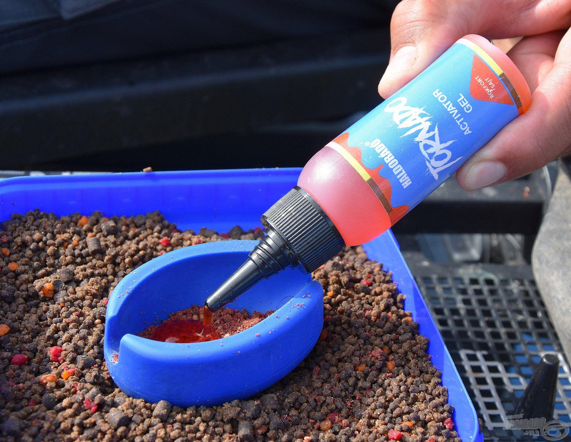 Mivel sok etetőanyag fér a kosárba, lehet aromázni a töltet belsejét is