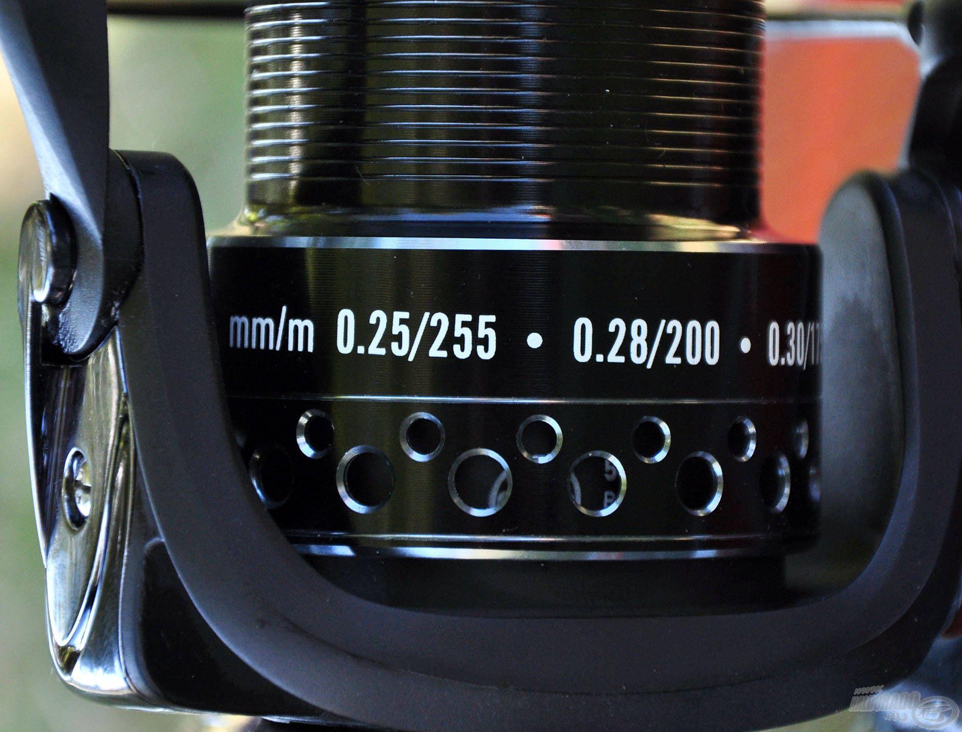 Zsinórtároló kapacitása ideális a feederbotos technikákhoz