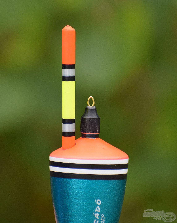 A Silver Carp úszót úgy kalibráltuk, hogy a látványos, színes antenna mindvégig a felszínen legyen