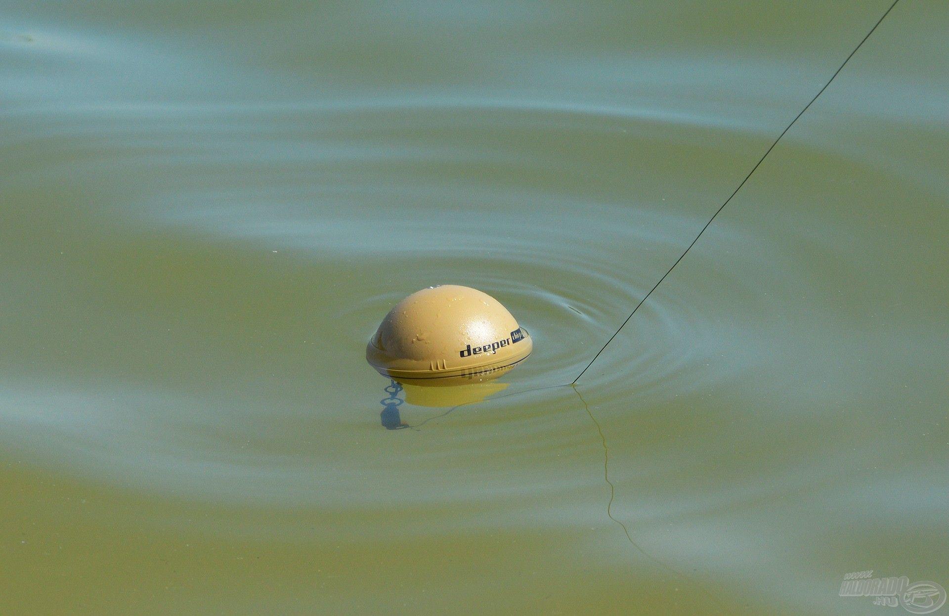… amint vízbe kerül a szenzor, elkezdi a WiFi-jelek kibocsájtását