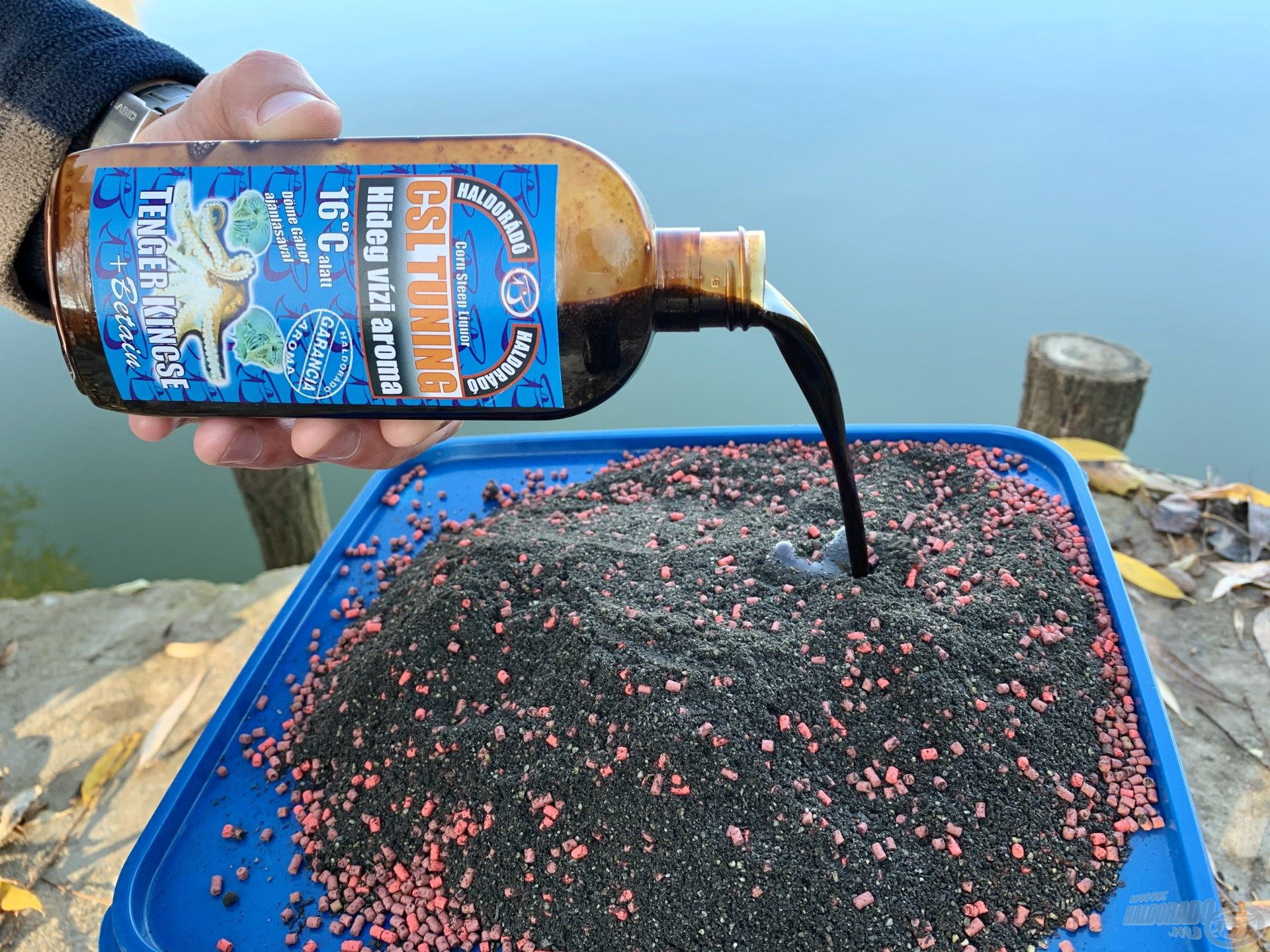 … amelyet CSL Tuning Tenger Kincse hideg vízi aromával (150 ml) és a tó kristálytiszta vizével kevertem be