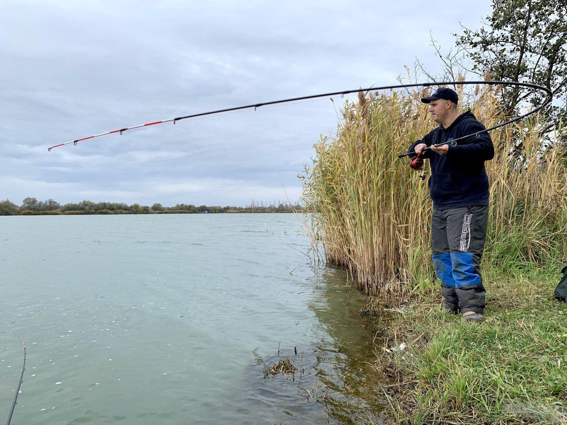 A Csaba-tó pontyai sem kímélték a felszerelésemet…