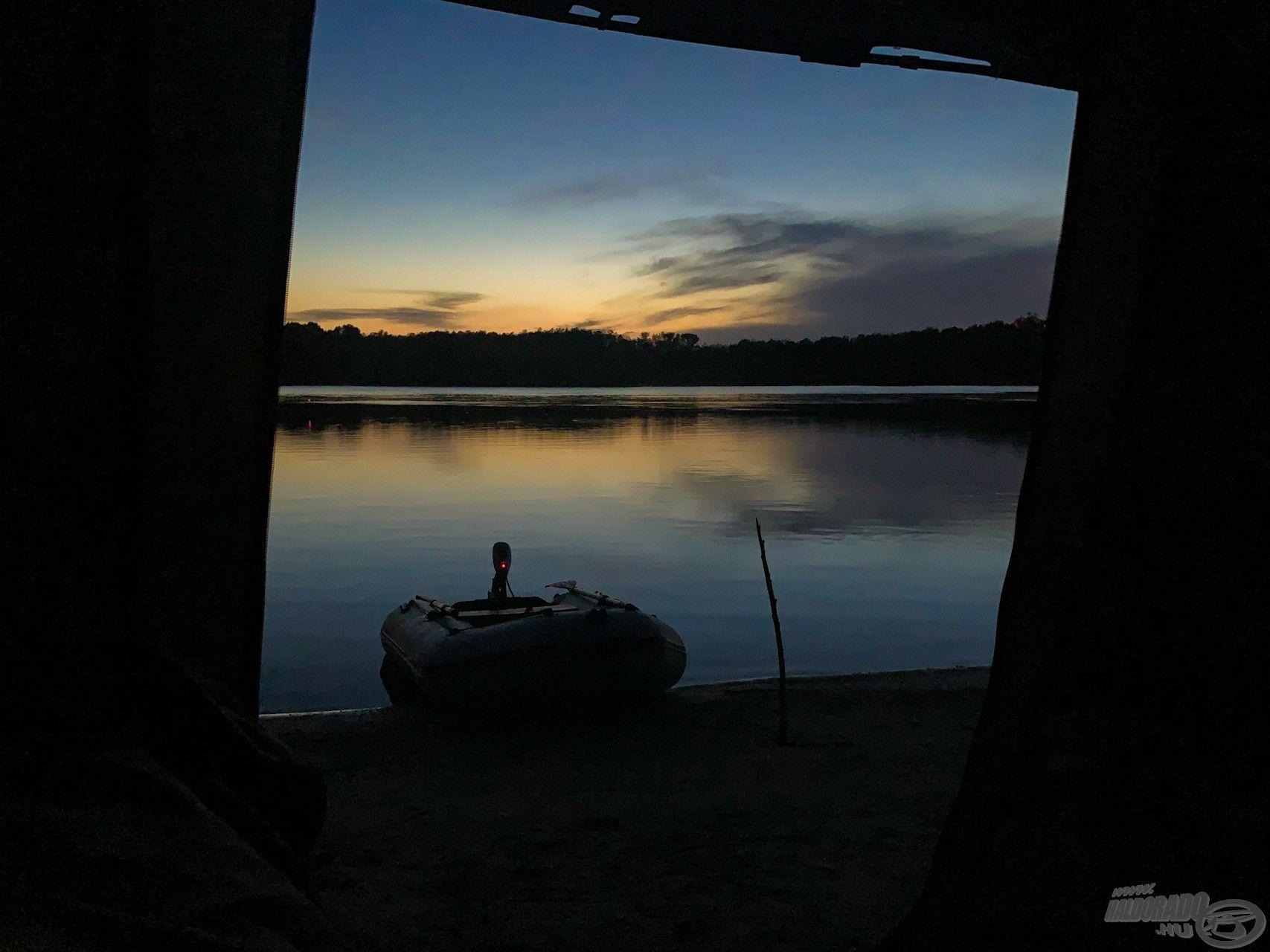 Talán a legszebb látvány, amire a horgász elaludhat