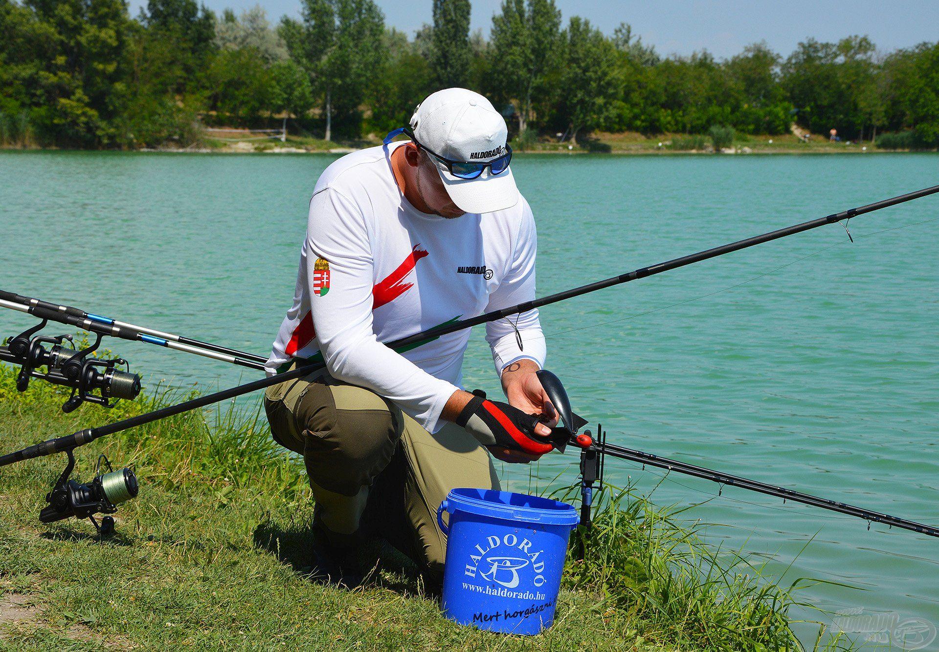 A horgászat elmaradhatatlan része volt az alapozó etetés, amit naponta kétszer Spomb segítségével végeztem el