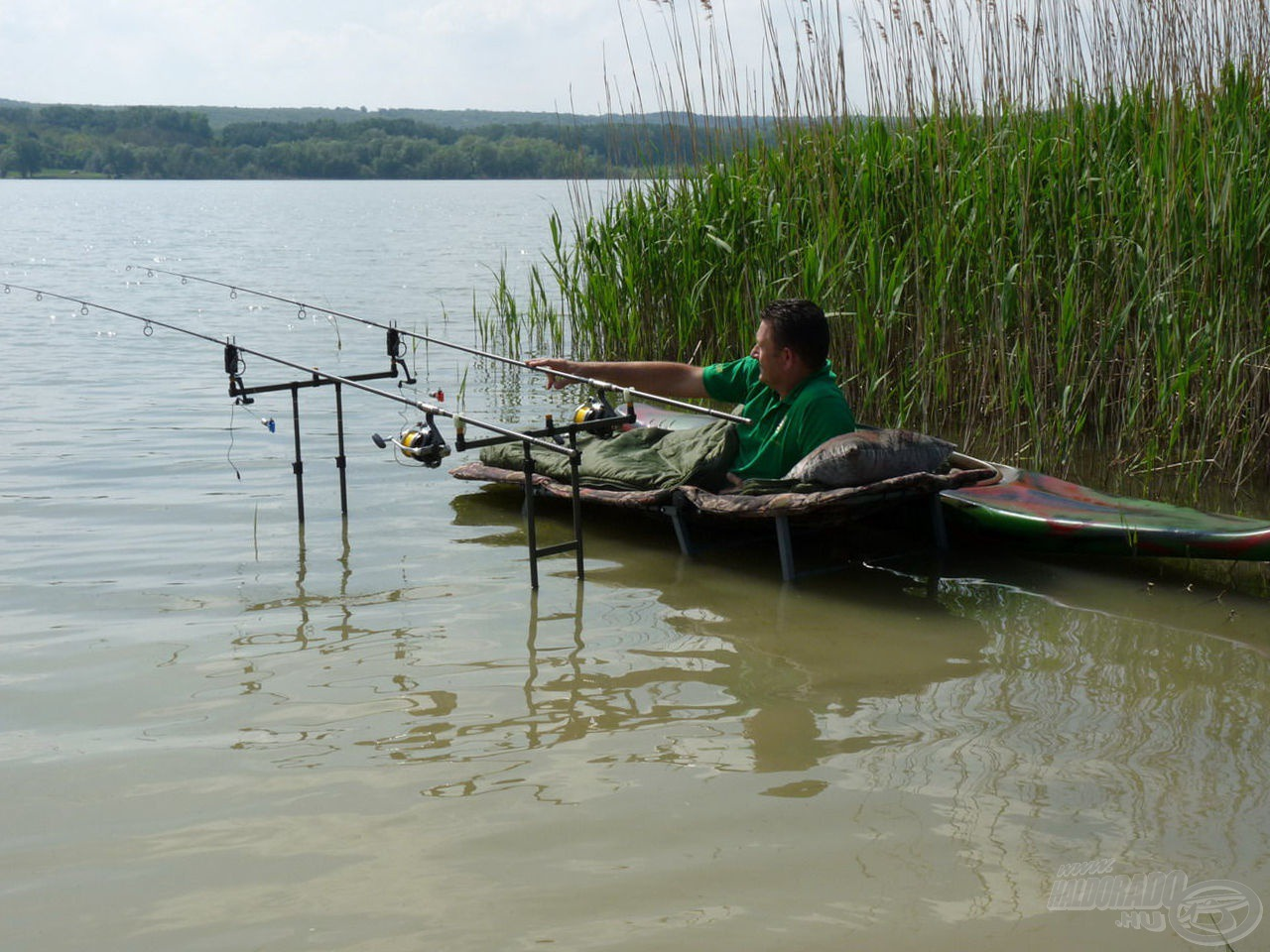 … és egy hatalmasat horgászni…
