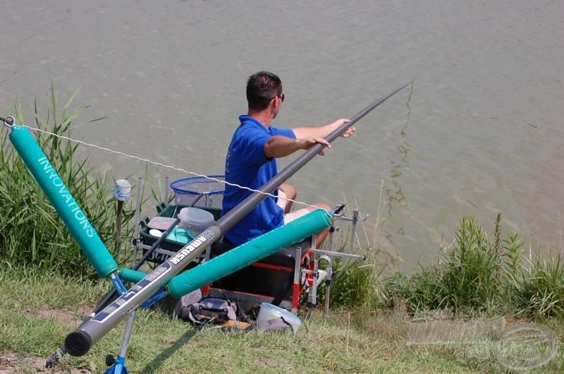 A tökéletes felületnek köszönhetően a bot csak úgy siklik a horgász kezei között