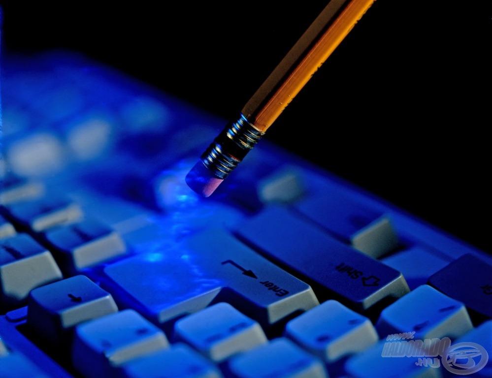 Ragadjatok billentyűzetet és küldjétek el nekünk írásotokat!*