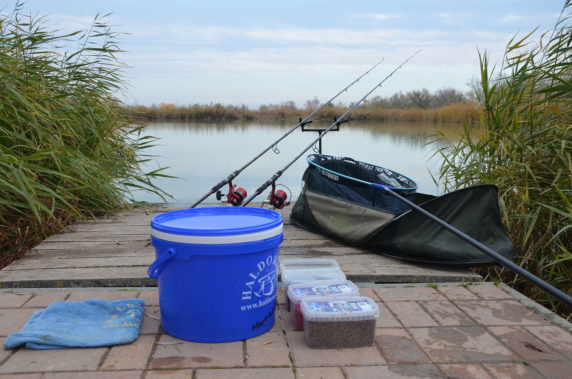 Ennyi cucc bőven elegendő egy gyors horgászathoz bármelyik tavon!