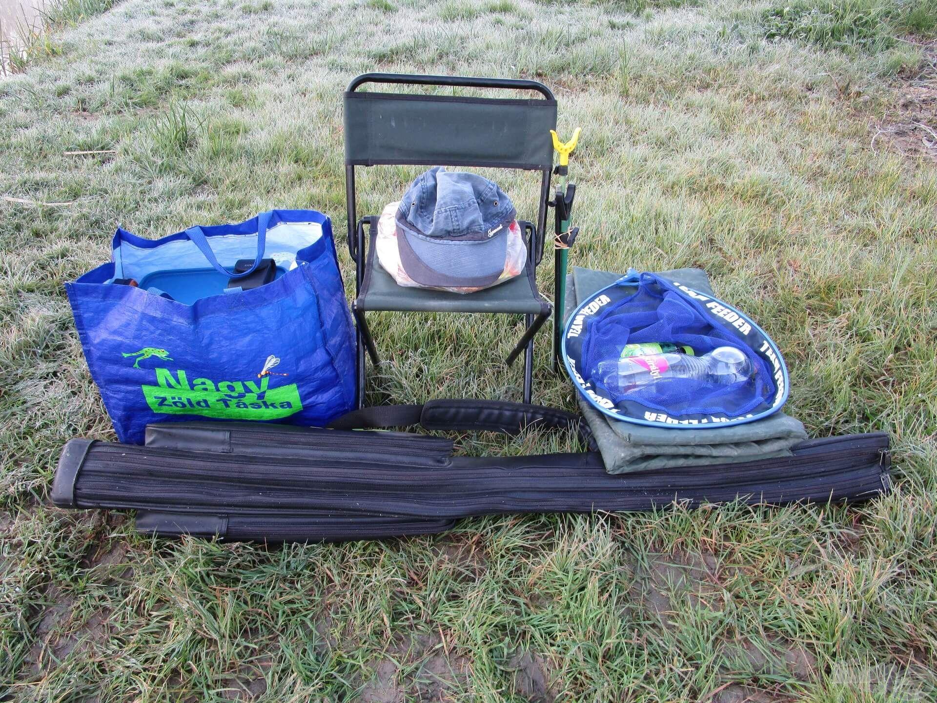 Egy botzsák, egy nagy táska, egy szék és néhány kiegészítő. Ennyi cucc bőven elég lehet, ha keszegezésről van szó