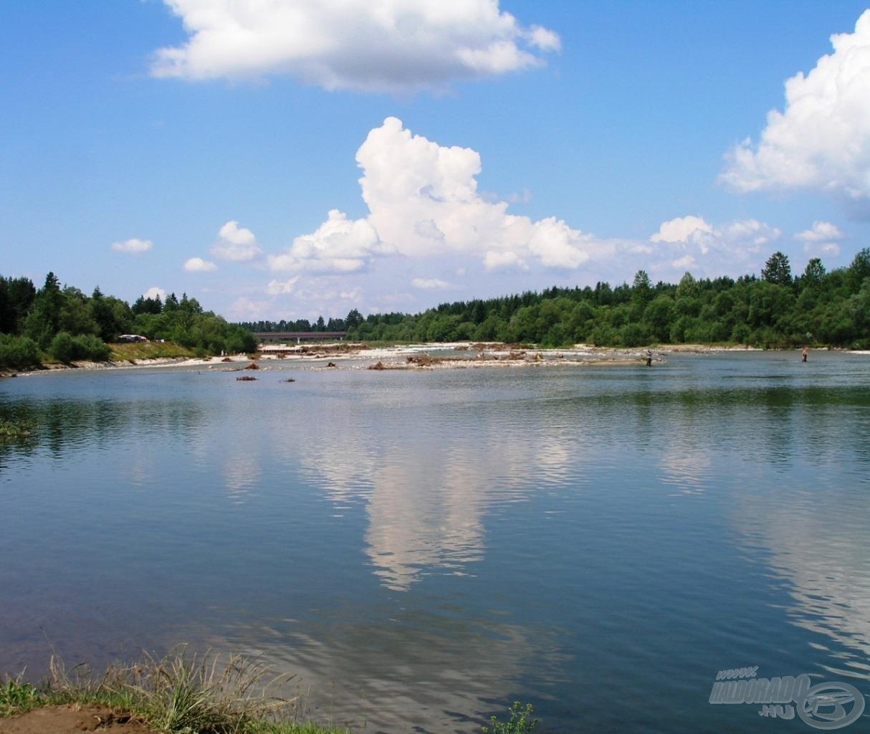 A zátonyokkal teli izgalmas folyó