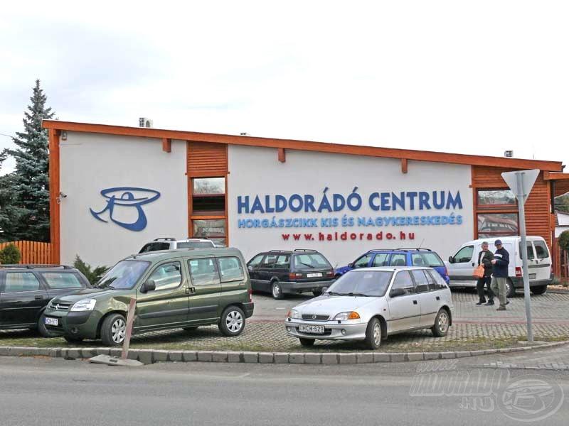 A rendezvény helyszíne a kiskunhalasi székhelyű Haldorádó Centrum
