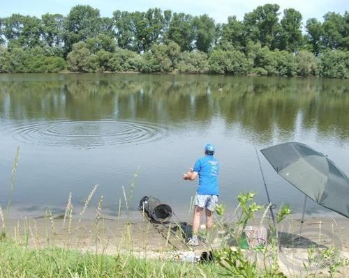 Az etetést célszerű a horgászhely alá tervezni