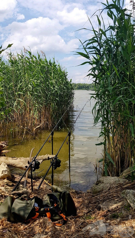 Itt nincsenek kiépített horgászhelyek