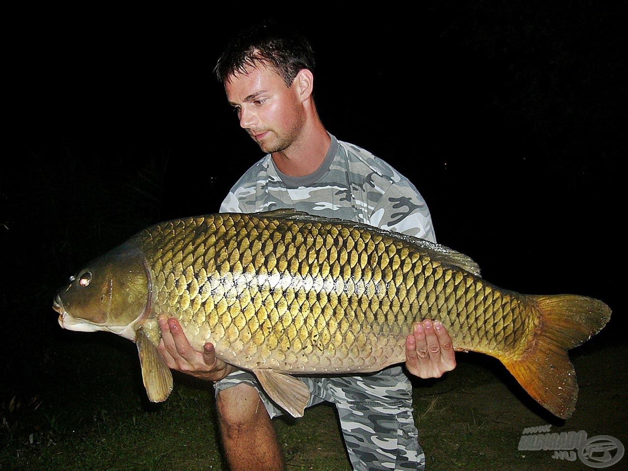 15,52 kg-ot nyomott a mérlegen ez a hibátlan hal