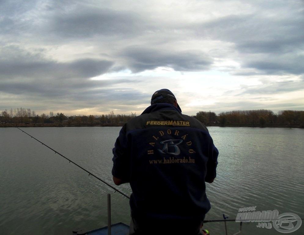 Horgászat közben néha észre sem veszem, milyen csodálatos és változékony a körülöttem lévő világ… csak érzem, hogy jó ott lenni, ahol vagyok