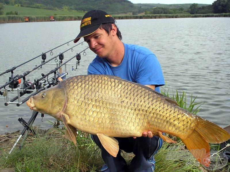 11,10 kg, hibátlan, gyönyörű hal
