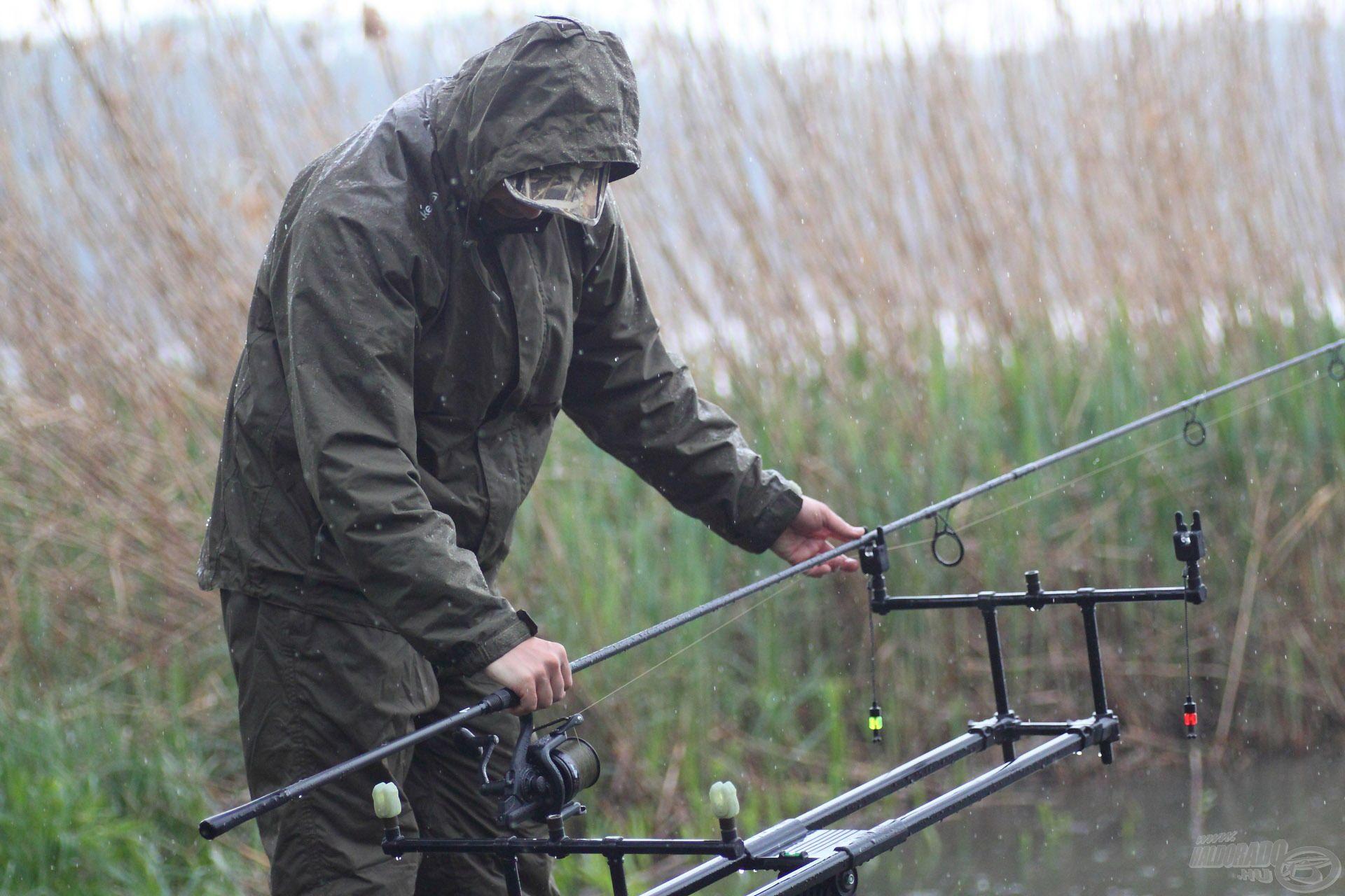 Folyamatosan változó időjárási körülmények között horgásztunk…