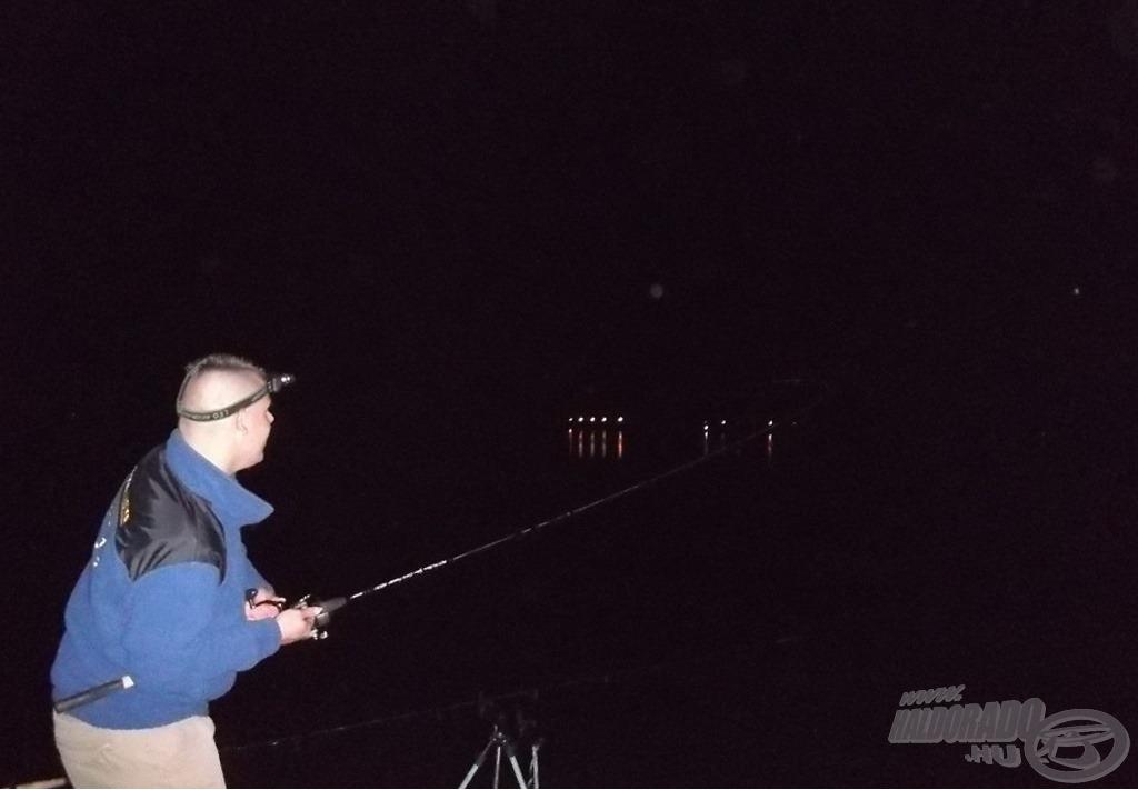 Nemcsak a kapás, de a hal maga is rendkívül agresszív és erős volt. Mindig lenyűgöz az itteni halak ereje