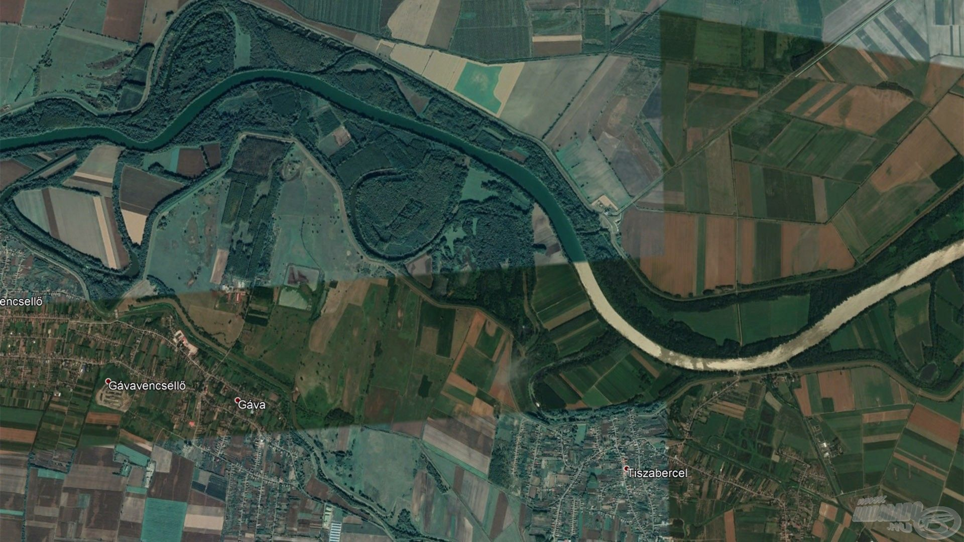 Tiszabercel és Gávavencsellő között van ez a Tisza-holtág