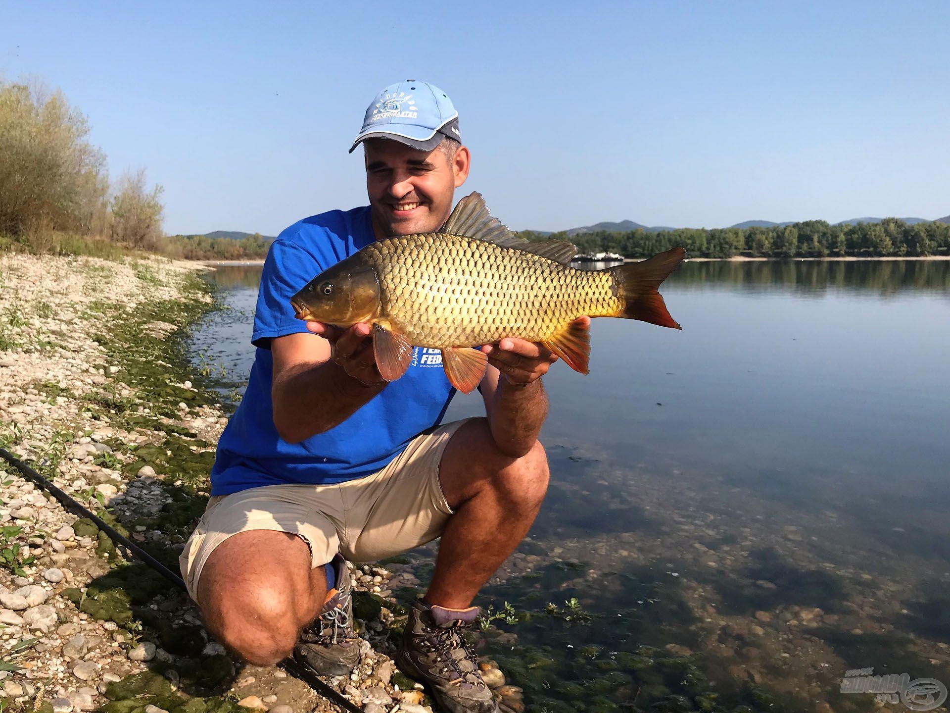 Az ilyen méretű halakra szinte mindig lehet számítani az öbölben…