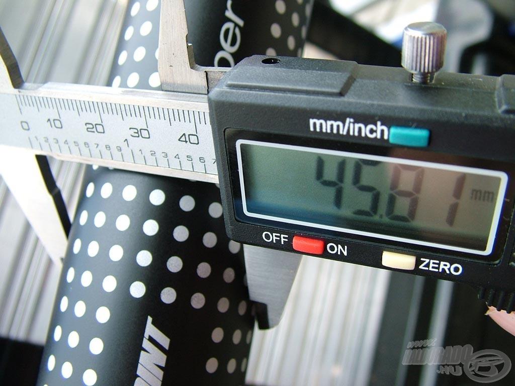A nyéltag átmérője 46 mm alatt van