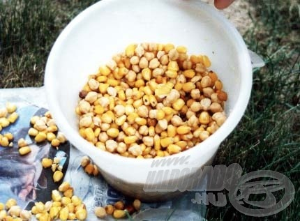 A főtt kukorica és csicseriborsó keveréke eredményes kombinációnak bizonyulhat az amurhorgászat során. Nálam már bevált!