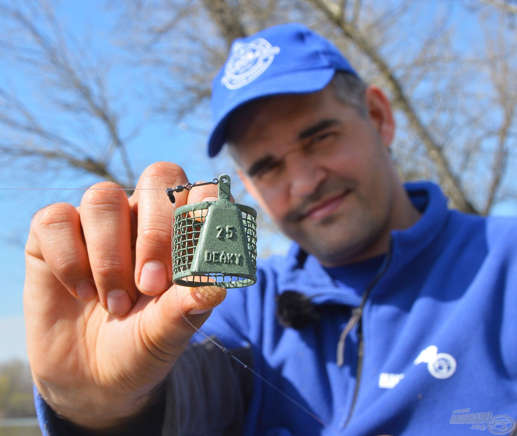 25 grammos Tufty Feeder kosár bőven elegendő, hogy megálljon a mérsékelt áramlásban