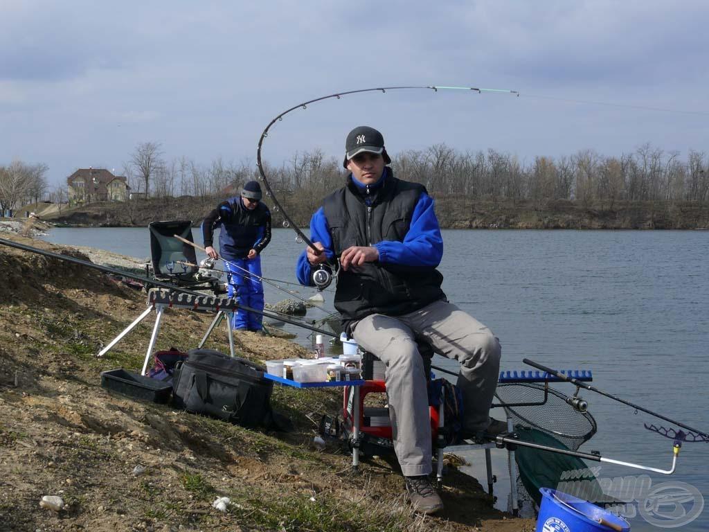 Ifj. Sipos Gáborral, a Haldorádó Feeder Team tagjával vettük üldözőbe a tó halait