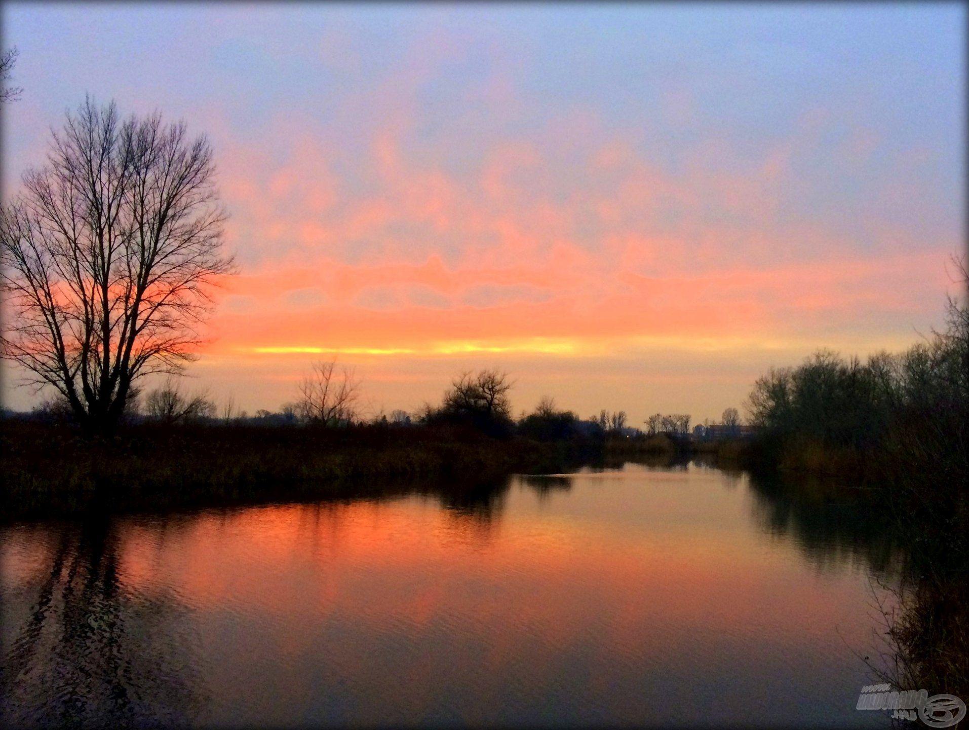 Téli napnyugta a Zsitván