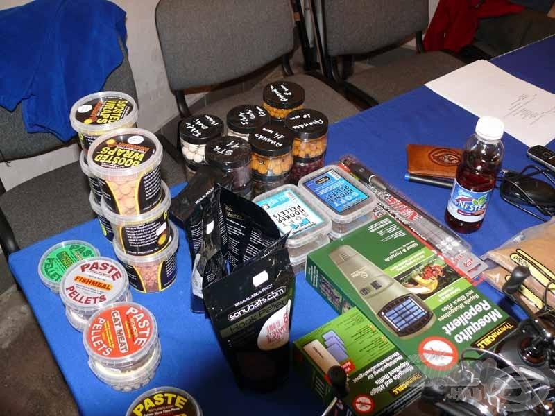 A képen a forgalmazott Preston, Korum és Sonubaits termékek egy része
