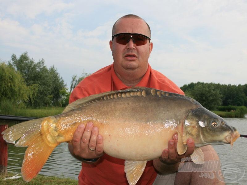 Hajdú László 7.490 grammos pontya az úszós kategória legnagyobb hala is volt egyben