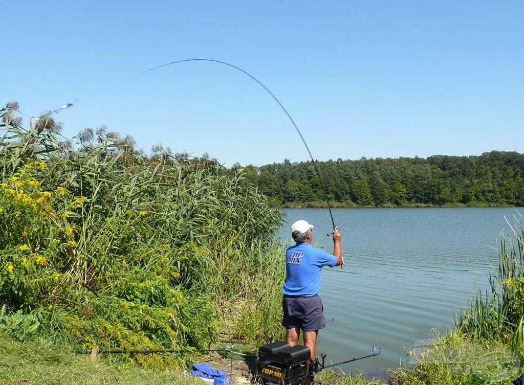 """A kétkedők """"élőben"""" is megnézhetik a filmben, hogy miként működik horgászat közben"""