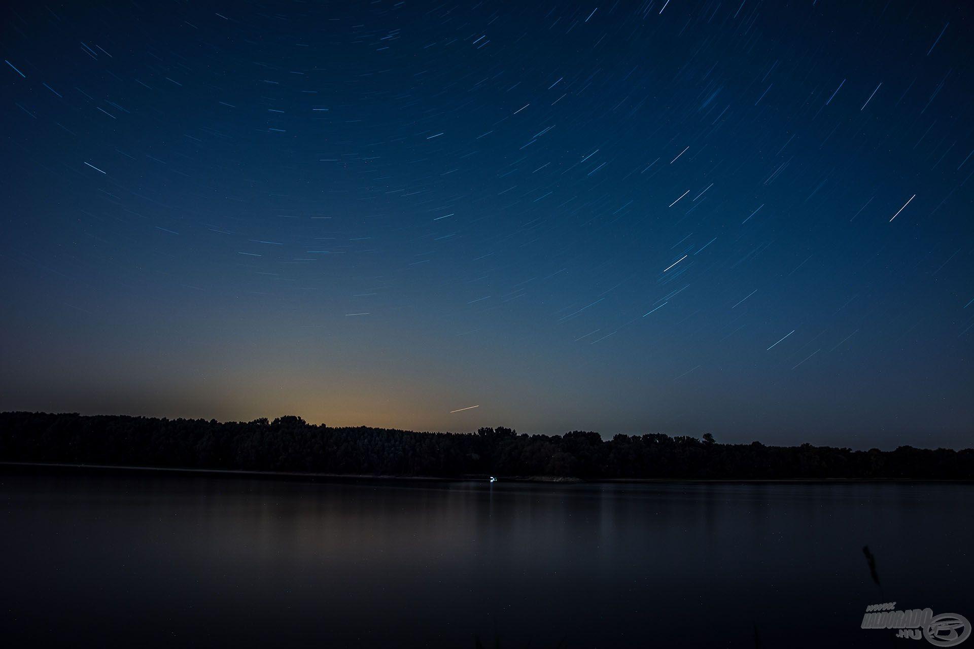 Az éjszakákat a szabad ég alatt töltöttük és a kristálytiszta égbolton a csillagokat csodáltuk