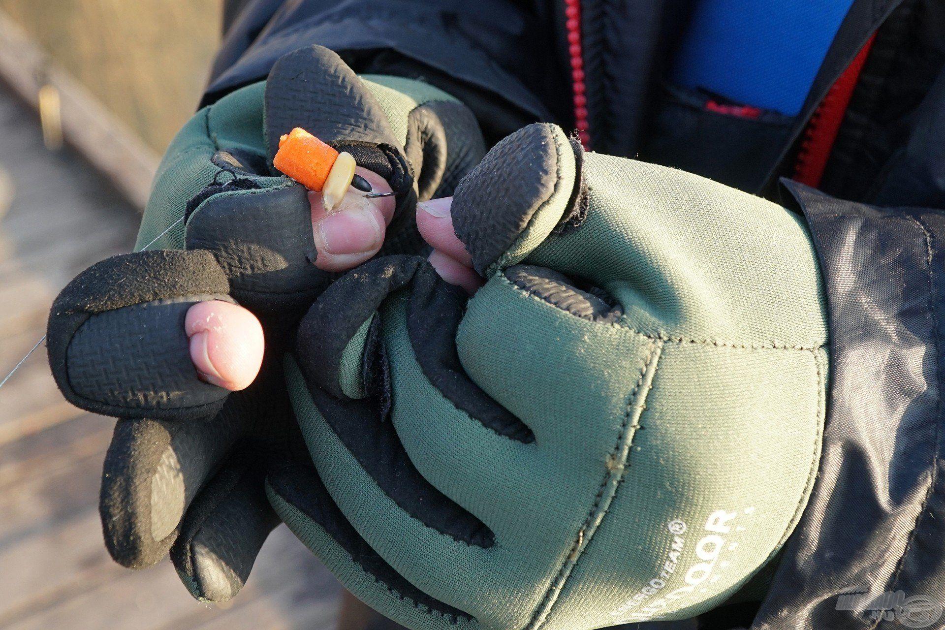 Praktikus kialakításának köszönhetően a csalizás is gyerekjáték a viselése közben