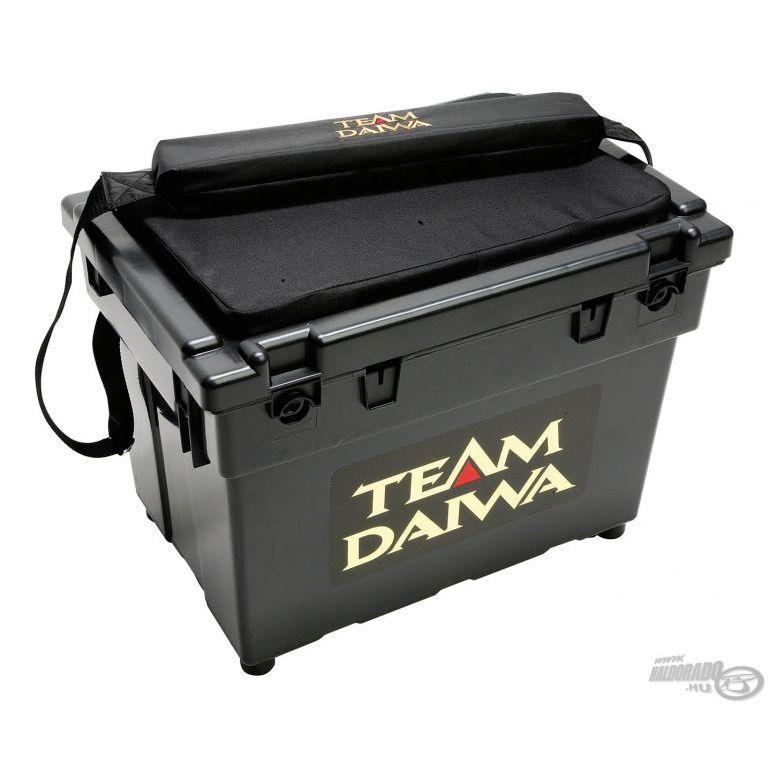 DAIWA Team Daiwa Ülőkés doboz közepes