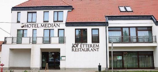 Hotel Median*** Hajdúnánás